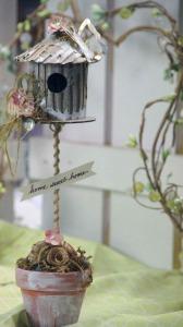 upcycled craft - cardboard birdhouse